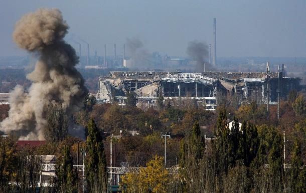 Штурм аэропорта Донецка отбили