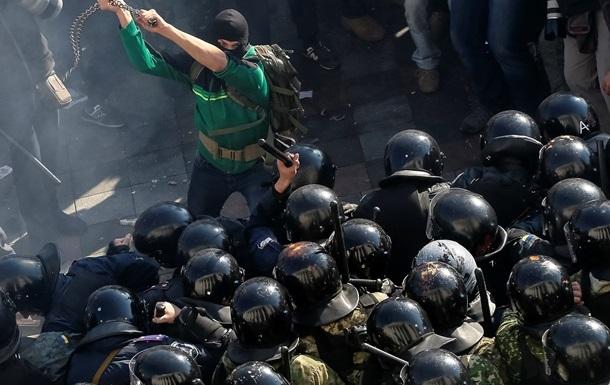 Оппозиционный блок  требует разоружить неофициальные формирования