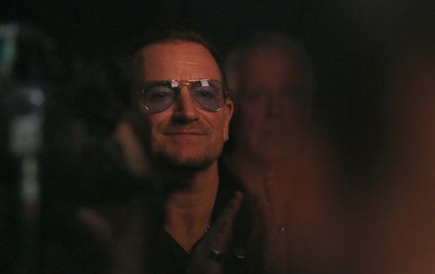Лідер U2 розповів про серйозну хворобу