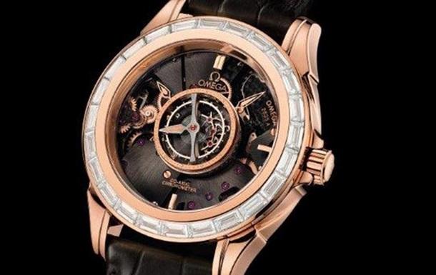 Omega представила новые часы из розового золота с бриллиантами
