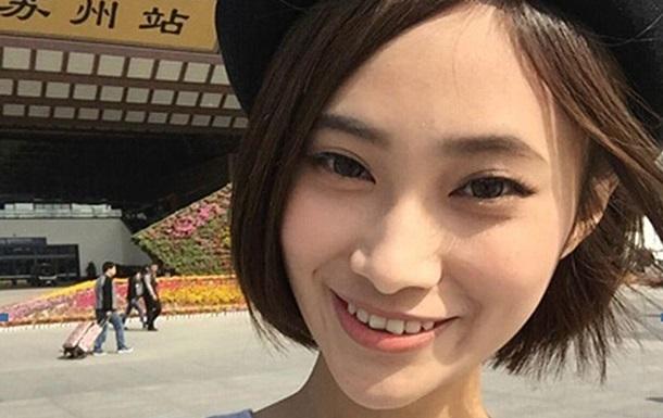 В Китае студентка путешествует по стране секс-автостопом