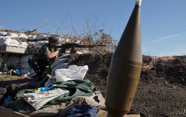 В зоне АТО обстреляли ряд позиций силовиков, есть погибшие
