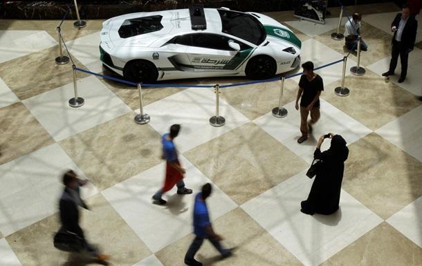 Bentley, Ferrari и Lamborghini сделают бесплатными такси