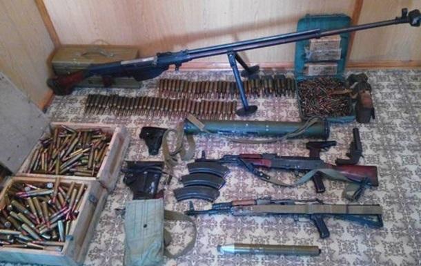 Украинцы сдали в милицию более четырех тысяч единиц оружия