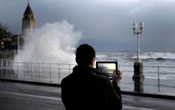 Практичность или мейнстрим: почему мы фотографируем планшетом