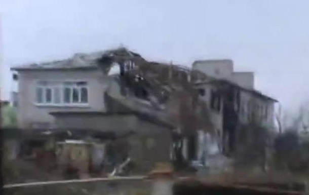 Поселок Хрящеватое под Луганском: уничтоженные здания и заброшенные дома