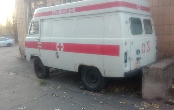 Киевские медики четвертый месяц не могут отправить в зону АТО реанимобиль