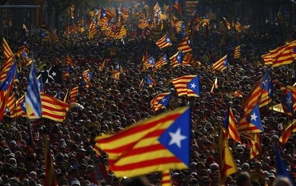 Испанская прокуратура проверяет законность опроса о независимости Каталонии