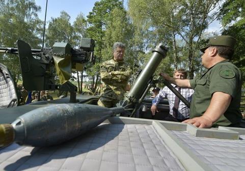 Порошенко придется применить армию против добровольческих батальонов
