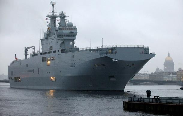 AIS позначила вертольотоносець  Владивосток  типу Містраль як російський