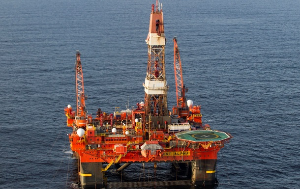 В Мексиканском заливе взорвалась нефтяная платформа