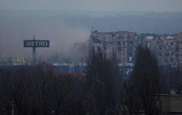 Жители Донецка из-за обстрелов вновь остались без воды