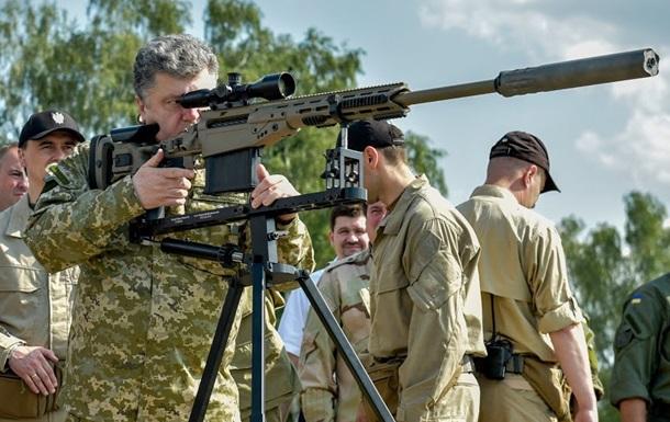 Порошенко відновлює курс України до НАТО