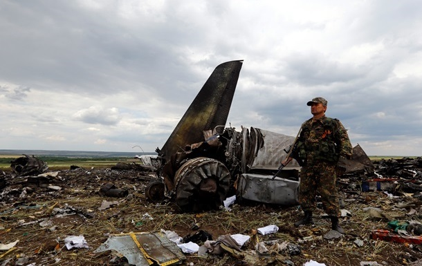 Генерала, звинуваченого в катастрофі Іл-76 в Луганську, взяли під арешт