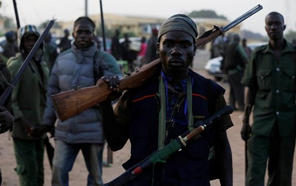 Три взрыва в мечети в Нигерии: десятки погибших