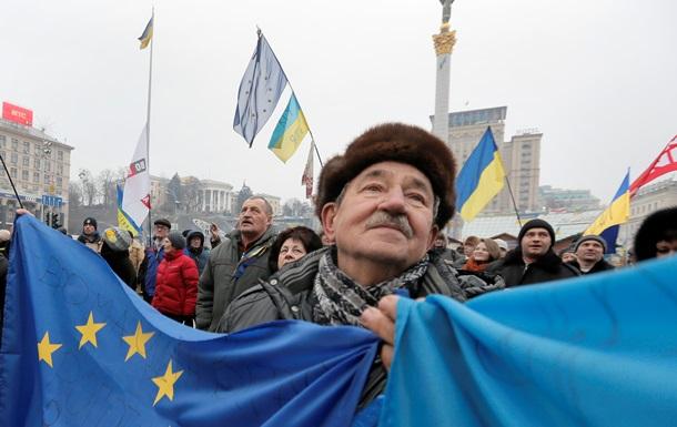 Українці зможуть поїхати в ЄС без віз з вересня 2015 року - МЗС