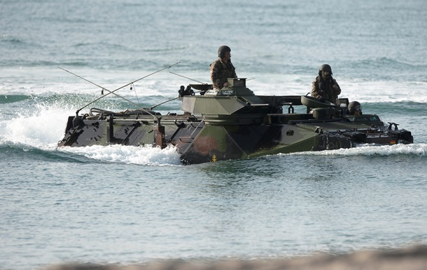 США поставят Японии 52 боевые машины-амфибии