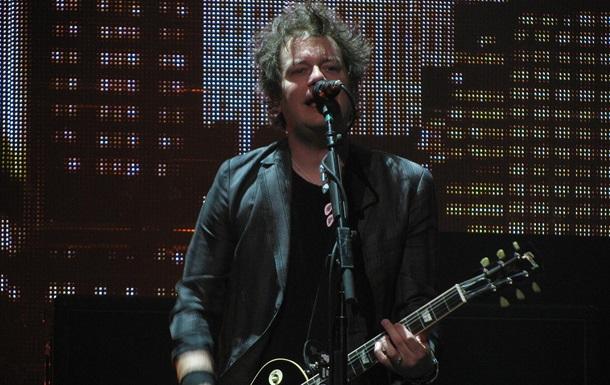 У гитариста Green Day обнаружили рак