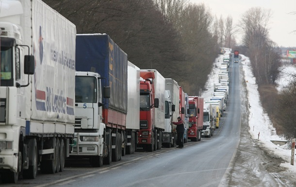 Білорусь і Росія: продуктовий скандал перед початком роботи ЄАЕС