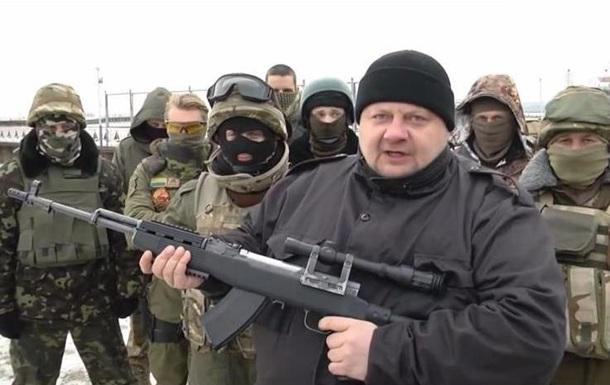 Нардеп Мосийчук публично расстрелял портрет Кадырова