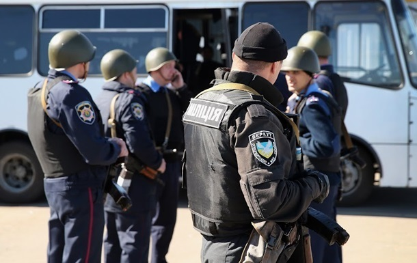 Міліції в Україні стане ще менше