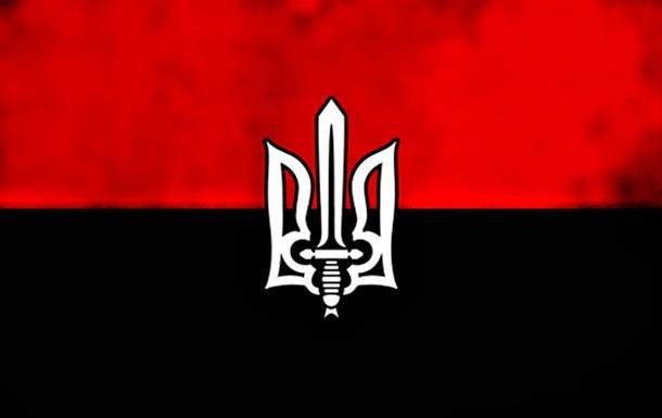 В Херсон на съезд «Правого сектора» приехал Командир «ДУК» Андрей Стемпицкий.