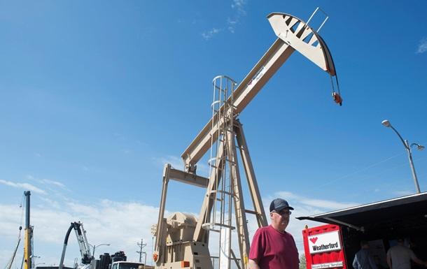 Ціни на нафту знижуються на побоюваннях збільшення видобутку у США