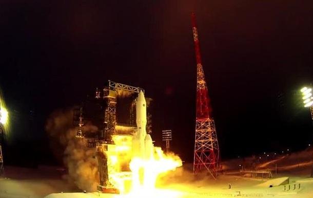 У Росії вперше запустили важку ракету-носій Ангара
