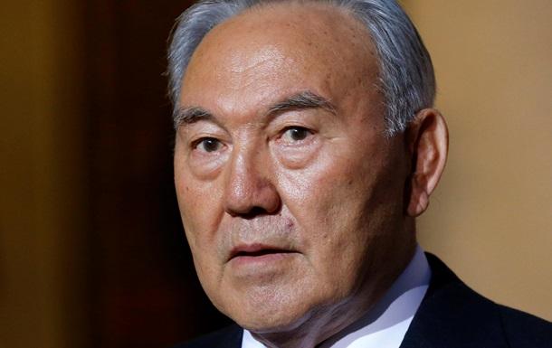 За стол переговоров по Украине должны сесть лидеры стран - Назарбаев