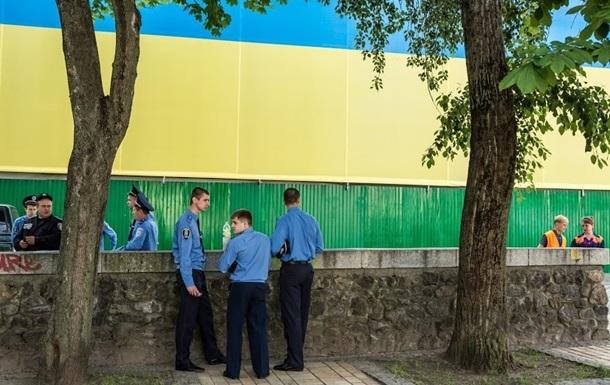 Кадры для  народной полиции  наберут на открытых конкурсах – МВД