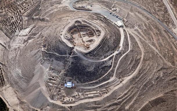 Знайдений монументальний вхід у палац Ірода
