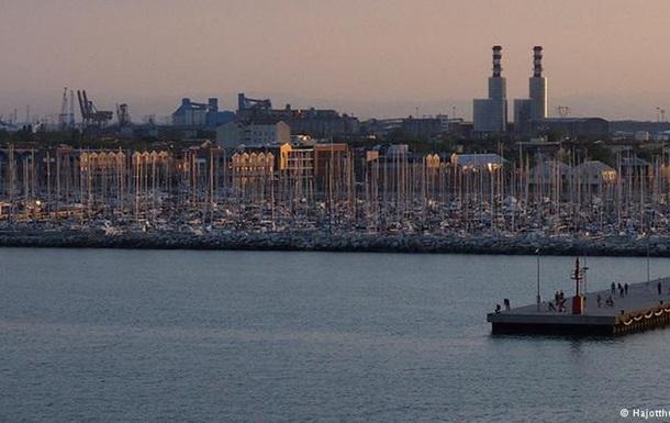 У берегов Италии затонуло турецкое грузовое судно