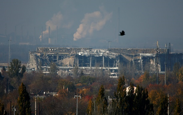 Сепаратисти активно обстрілювали донецький аеропорт - штаб АТО