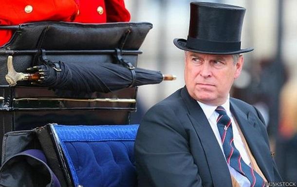 Букингемский дворец отрицает причастность принца к растлению малолетних