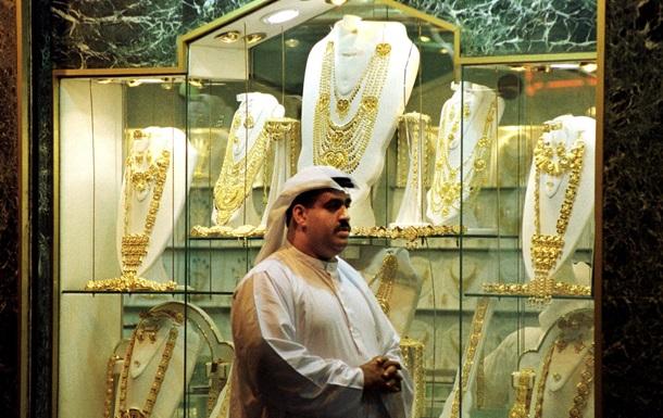 В Дубае создали золотую цепочку длиной в рекордные 5 км