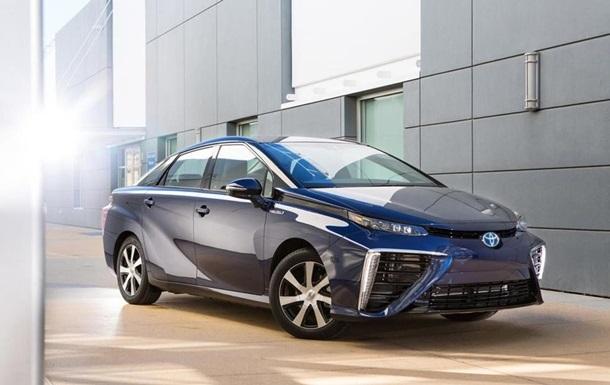 Toyota дозволила вільно користуватися її патентами на воднемобілі