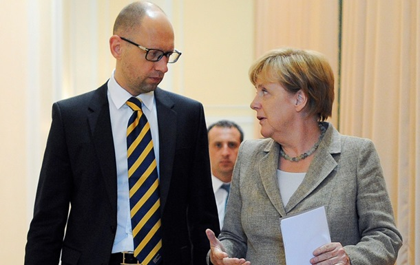 Правозащитники из HRW призвали Меркель надавить на Яценюка из-за АТО
