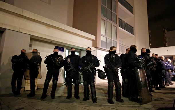 Теракт в редакции Charlie Hebdo: полиция задержала семь человек