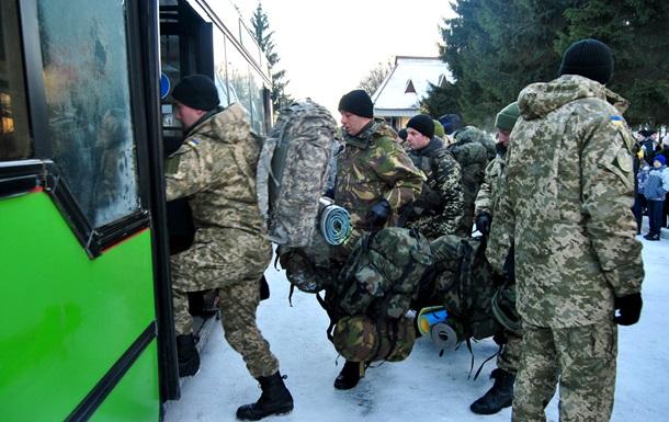 До зони АТО вирушили 400 львівських десантників