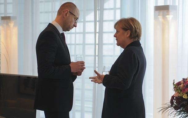 Меркель дала четкий сигнал о дальнейшей поддержке Украины - Яценюк