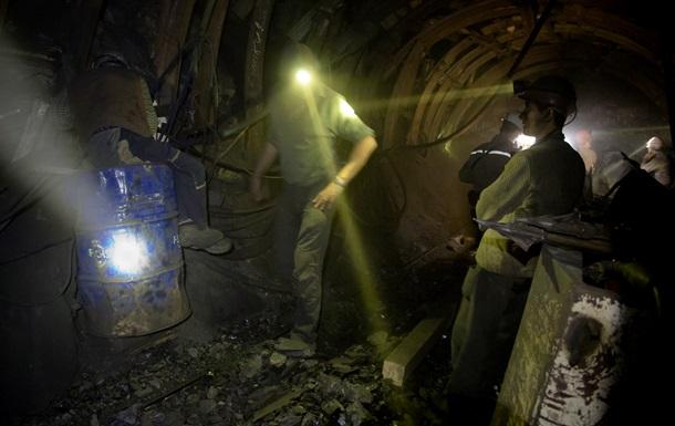 Из шахты Засядько на поверхность подняли всех шахтеров