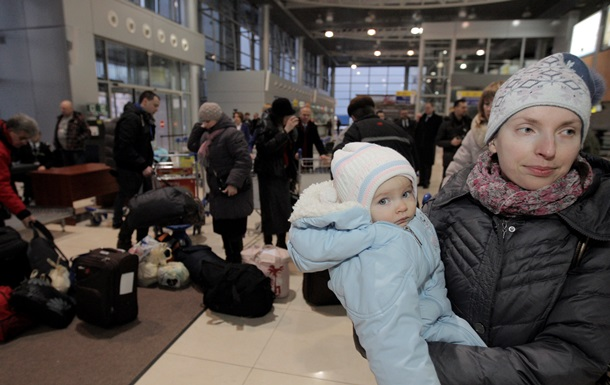 Всі евакуйовані з Донбасу поляки відлетіли з Харкова