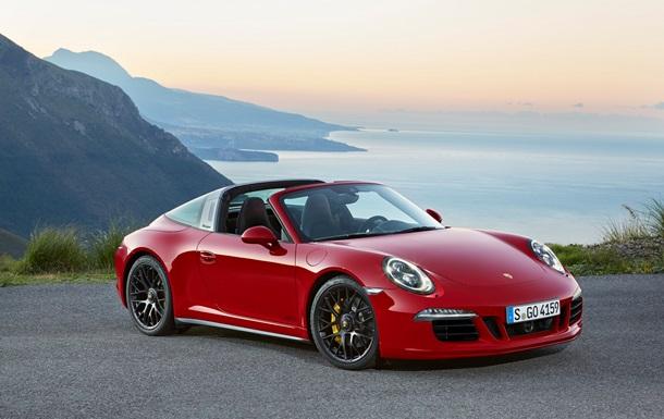 Porsche представила новий  заряджений  спорткар