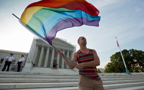 Верховный суд США решит вопрос о законности однополых браков по всей стране