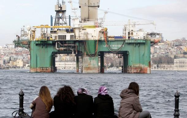 Нафтогаз объявил тендер на оценку запасов месторождений в Крыму