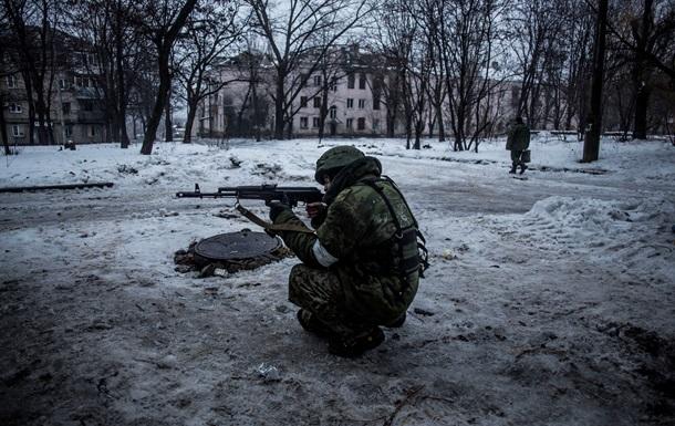 НАТО: Россия снова поставляет вооружения сепаратистам