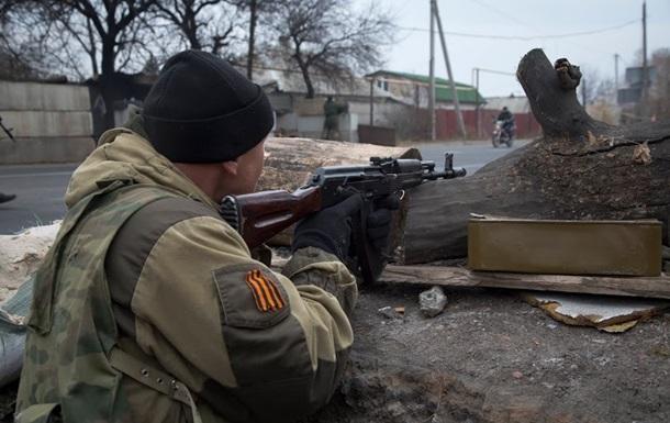 Сепаратисти рапортують про взяття селища Красний Партизан