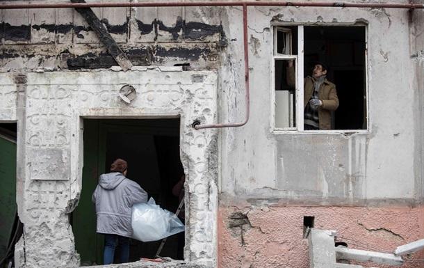 Кабмин ввел режим чрезвычайной ситуации в Донецкой и Луганской областях