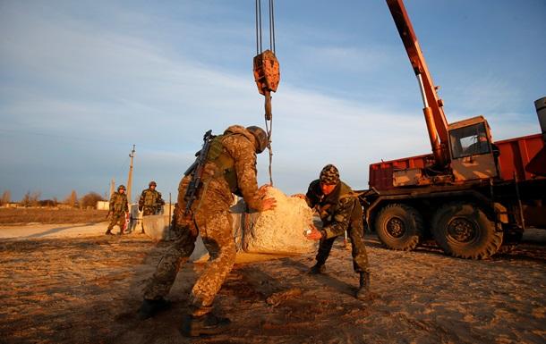Яценюк розпорядився створити будівельні батальйони