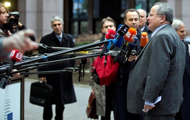 Глава МИД Греции высказался за федеративную Украину
